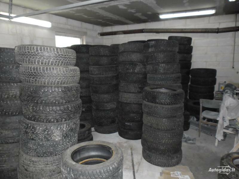 Pirelli R15 universalios padangos lengviesiems