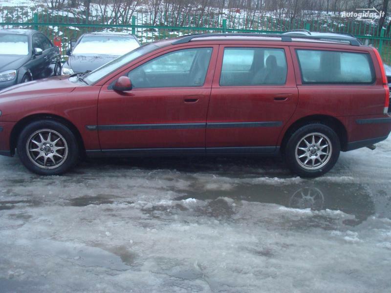 Volvo V70, 2001m.