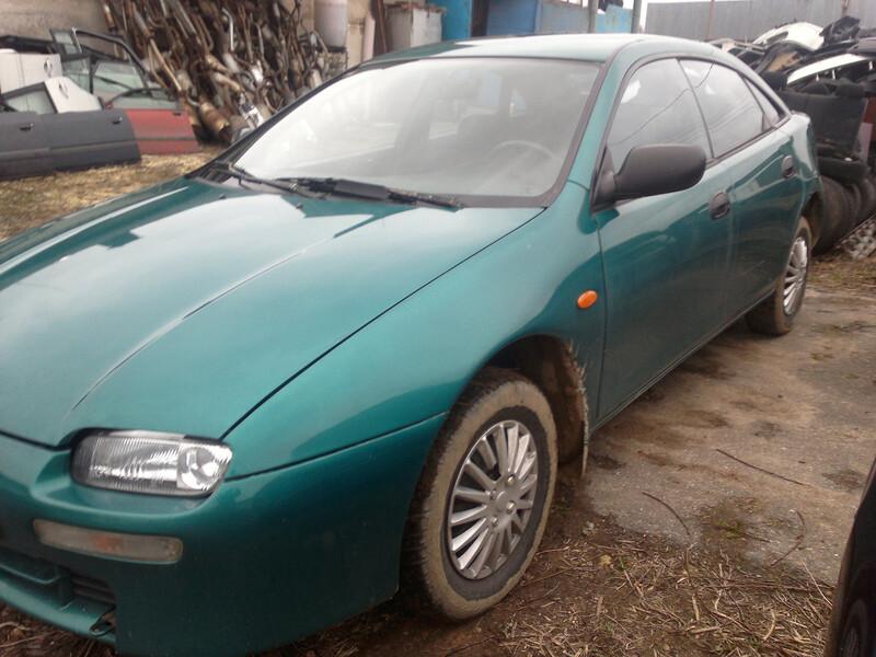 Mazda 323F II, 1996m.