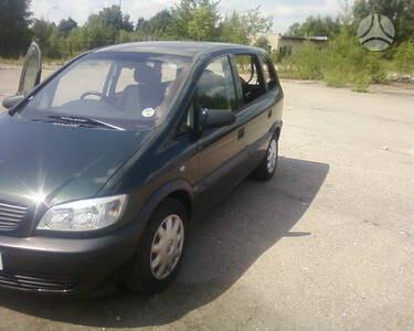 Opel Zafira, 2000m.