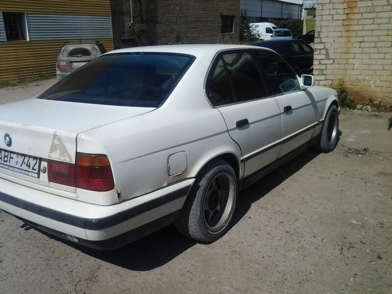Bmw 524 E34 td 1989 m. dalys