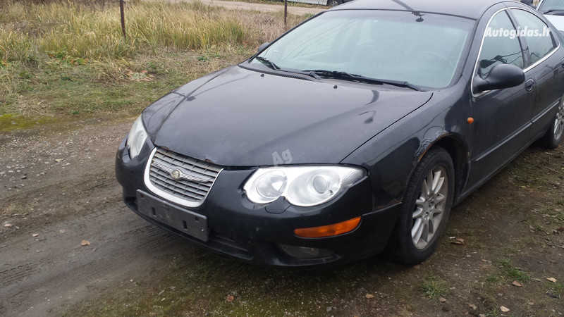 Chrysler 300M, 2002m.