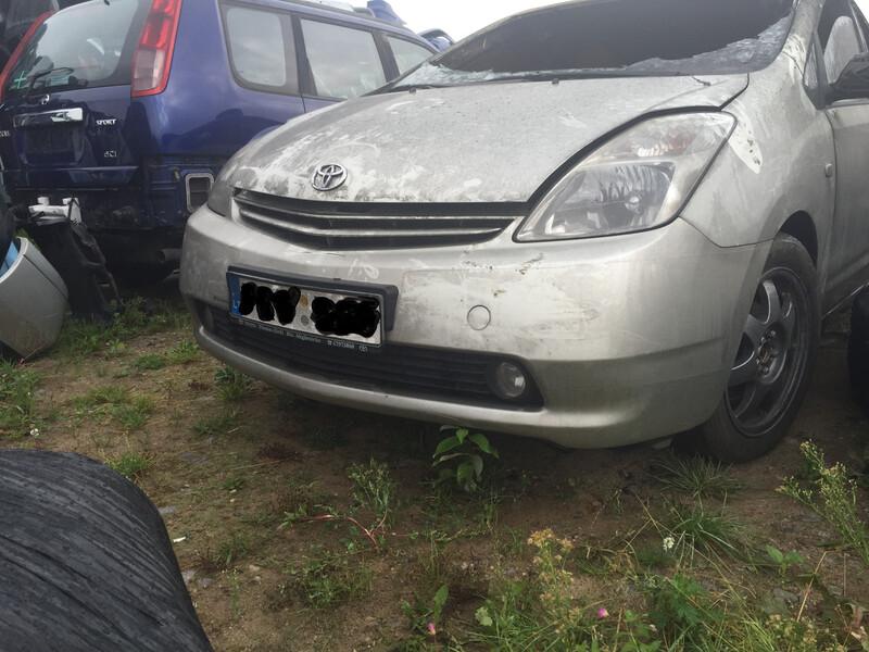 Toyota Prius I (1997 - 2000) 2003 m. dalys