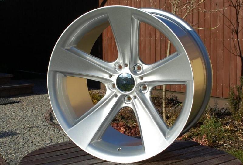 BMW R18 lengvojo lydinio ratlankiai