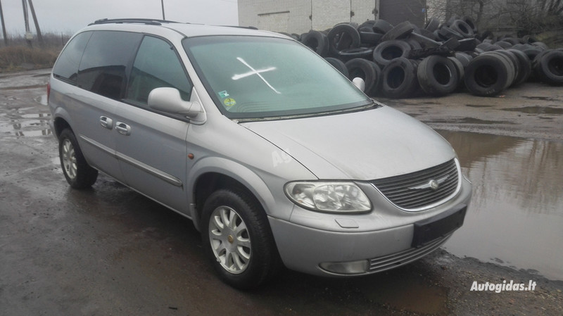 Chrysler Voyager III, 2001г.