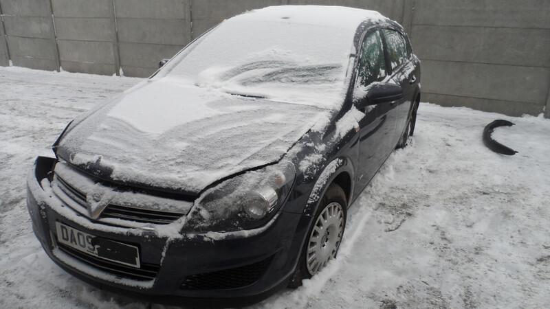 Opel Astra III 2009 m. dalys