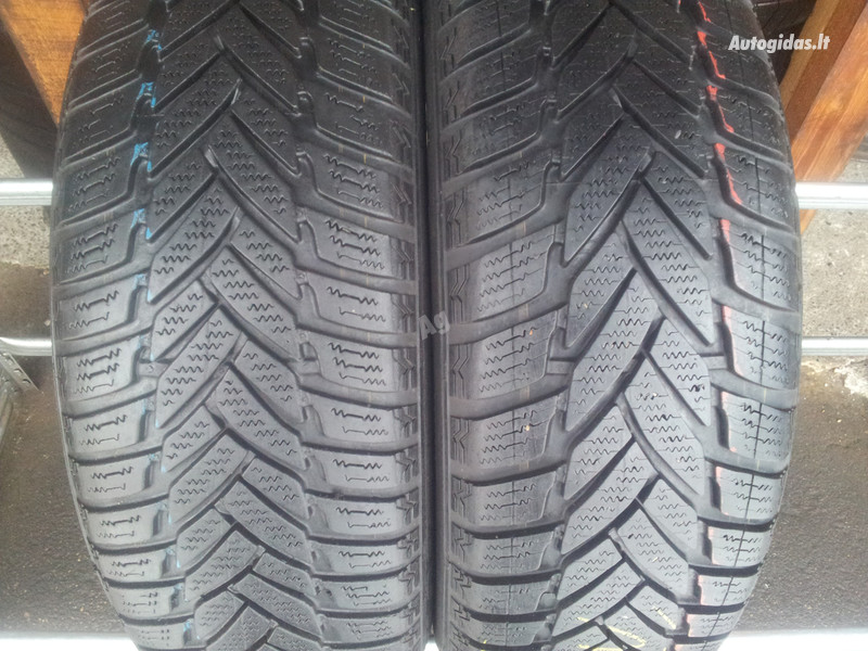 Dunlop SP Winter Sport M3 a R15