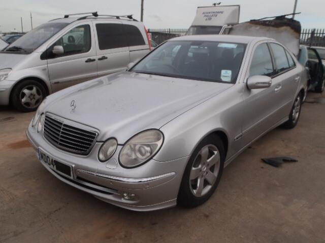 Mercedes-Benz E 270 W211 2003 m. dalys