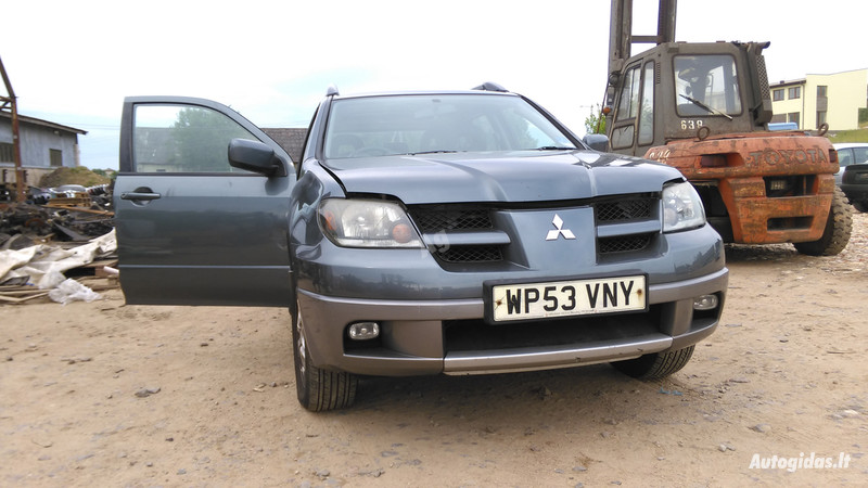 Mitsubishi Outlander I 2004 m. dalys