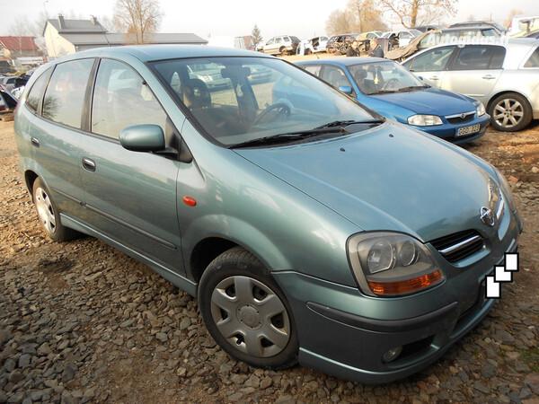 Nissan Almera Tino 2001 m. dalys