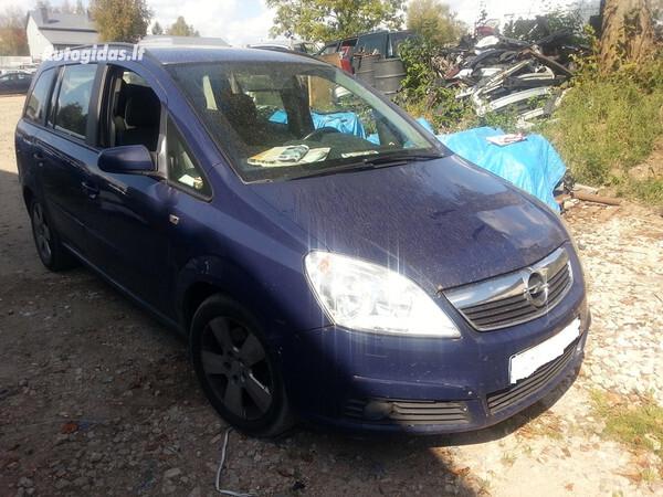 Opel Zafira B 2007 m. dalys