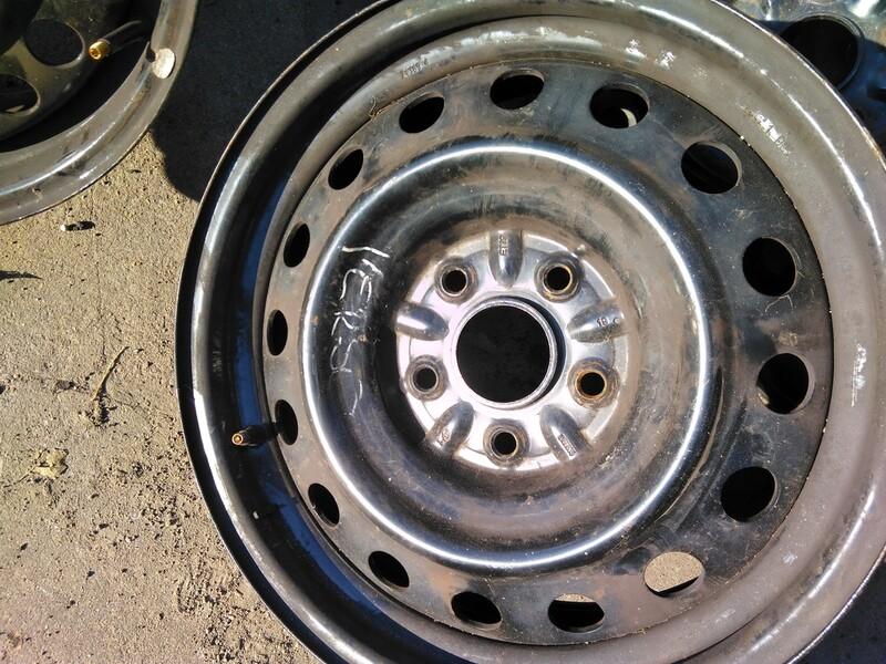 Toyota Avensis R16 plieniniai štampuoti ratlankiai