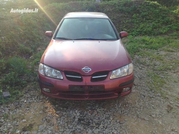 Nissan Almera N16 2001 m. dalys