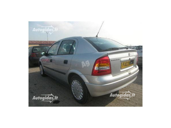 Opel Astra II 2003 m. dalys