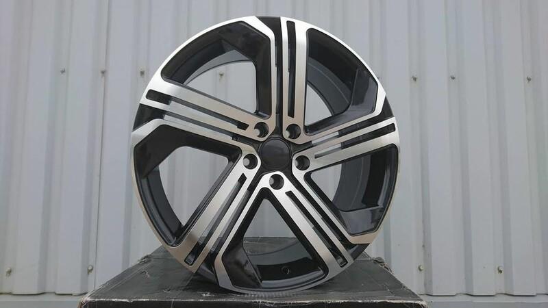 Volkswagen R17 lengvojo lydinio ratlankiai