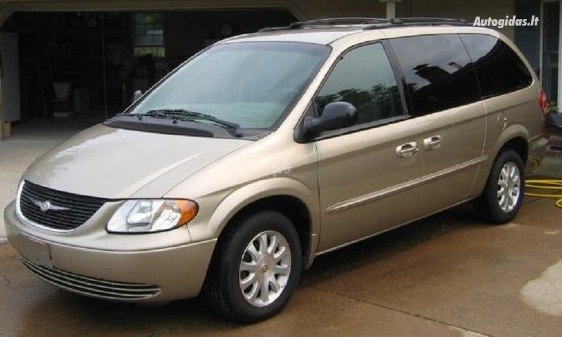Chrysler Town & Country II, 2002m.