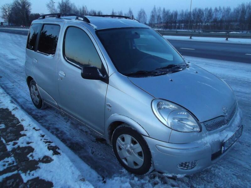 Toyota Yaris Verso 2004 m. nuoma
