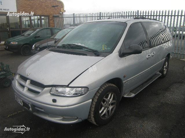 Chrysler Grand Voyager II 2000 m. dalys