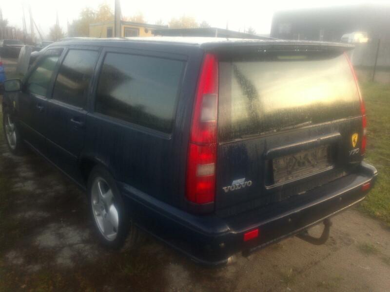 Volvo 1999 y parts