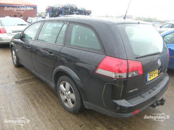 Opel 2004 m dalys